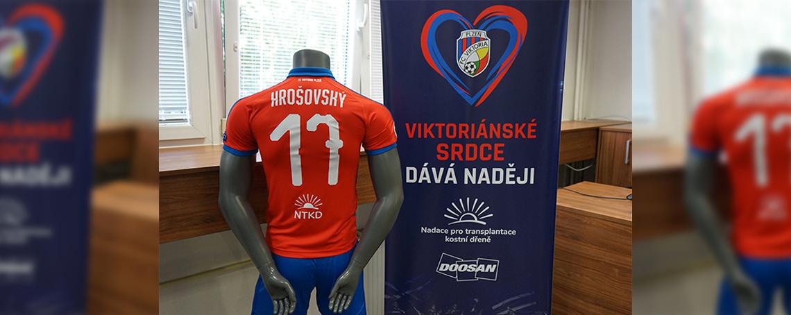 FC Viktoria Plzeň podporuje Nadaci pro transplantace kostní dřeně